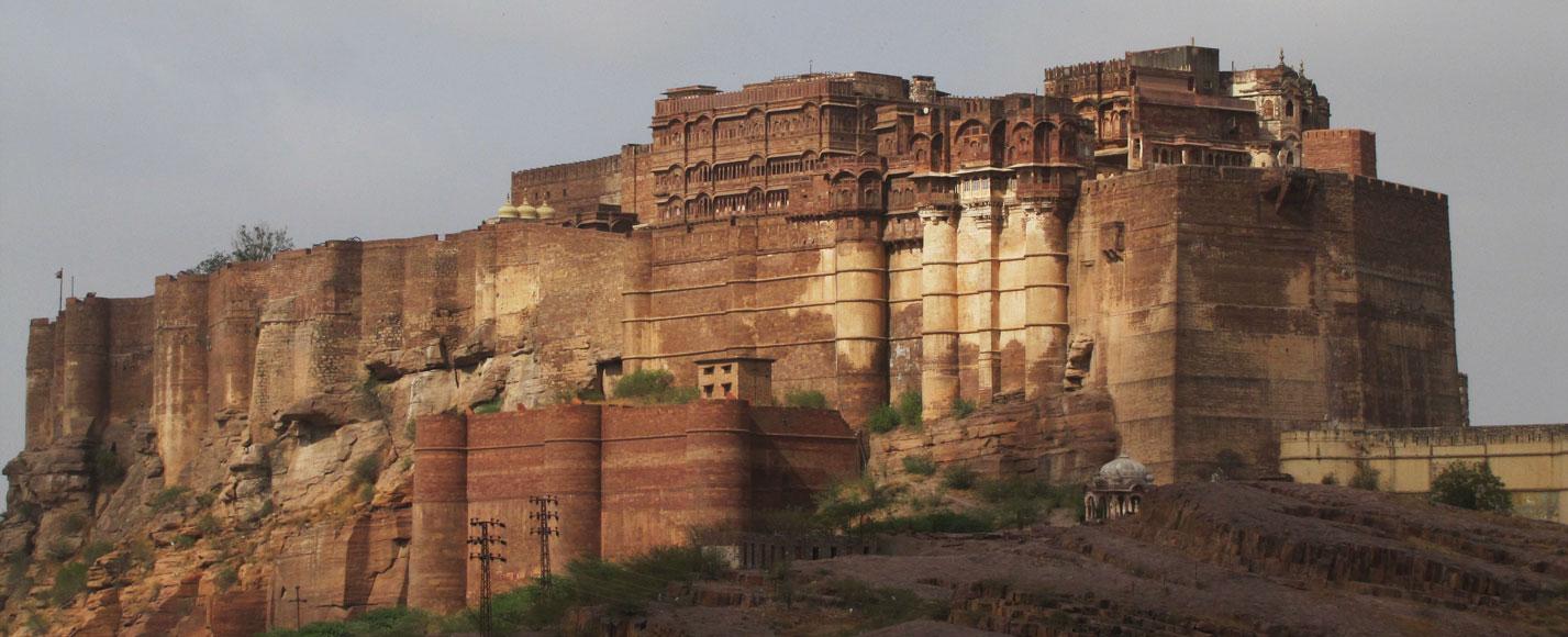 Taj-Forts-Palaces-Travel_India